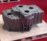 、投げる部分砂型で作って、鉄の鋳造は、ハウジングの鋳造を岩山騙す
