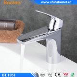 Beelee Badezimmer-einzelner Griff-Messingbassin-Hahn