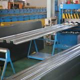 Estructura del diseño el próximo año moderno del acero