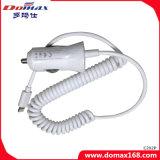 携帯電話のワイヤーで縛られたiPhone引き込み式車の充電器のWth USBポート