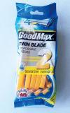 Lâmina descartável da lâmina gêmea no cartão de suspensão (Goodmax)