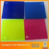 El color echó la hoja plástica del plexiglás de la hoja de acrílico PMMA