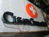 Экстерьер рекламируя загоранные освещенные контржурным светом магазином загоранные письма нержавеющей стали
