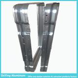 Het Profiel van het aluminium met het Buigen van BoorPonsen Procesing voor het Geval van het Karretje