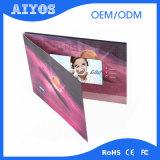 Nueva tarjeta video vendedora caliente de la impresión de encargo de 2.4 pulgadas