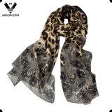 Le donne comerciano la retro sciarpa all'ingrosso della seta del leopardo del reticolo dell'animale e del fiore