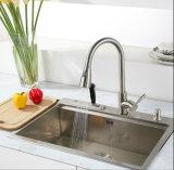 Почищенный щеткой никель PVD вытягивает вне смеситель кухни