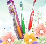 Cepillo de dientes caliente del adulto de la alta calidad de Saling