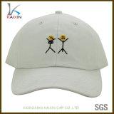 Kundenspezifisches Baumwoltwill-flaches Stickerei-Firmenzeichen-preiswerter unstrukturierter Baseball-Hut
