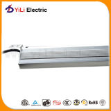 LEDのEnsure Long Life Spanへの三角形LED Linear Light 1.2m Safety Working Current。 Lm80certified