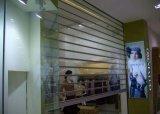Автоматические прозрачные штарка завальцовки поликарбоната/поликарбонат свертывают вверх дверь/прозрачную штарку ролика