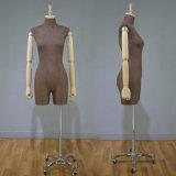 Mannequin maschio del torso dell'annata per la visualizzazione del negozio