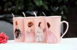 Tasse de café fraîche faite sur commande en céramique de cuvette de thé de nouveauté avec Madame