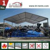 Grande tenda del capannone dei velivoli per memoria e la riparazione dei velivoli