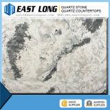 Bancada preta da vaidade do banheiro da pedra de quartzo da veia do mármore da cor