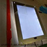 Caixa leve dos media magros mágicos internos do banheiro do espelho do diodo emissor de luz