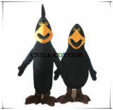 Maschio e femmina animali del costume della mascotte del corvo su ordine autentico di qualità