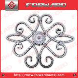 装飾用の造られた鉄のピケット