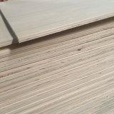 Madera de construcción de madera de la madera contrachapada de la chapa del álamo para el pequeño uso del embalaje (6X800X1200m m)