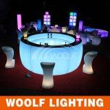 多く300のデザインLED照明家具のLEDによって照らされるソファーの家具