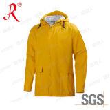 De beschikbare Gele Laag van de Regen Mens voor OpenluchtGebruik (qf-736)