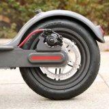 Scooter électrique de pliage comique de roue de la mode 250W 2 mini pour des adultes