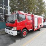 Carro de la lucha contra el fuego del tanque de agua de Dongfeng 4X2