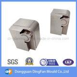 Peça sobresselente fazendo à máquina da peça do CNC do fornecedor de China para a modelagem por injeção