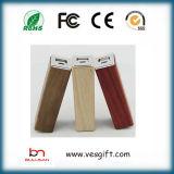 Côté portatif de pouvoir de chargeur en bois du modèle 2600mAh des prix de promotion