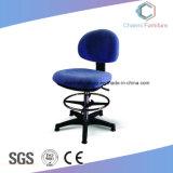 新しい設計事務所タスクの椅子