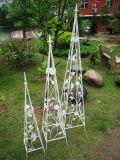 Obélisque utile de bâton de fleur de fer de moulage S/3