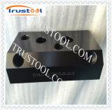 Pièce de usinage de rotation de précision de la coutume solides solubles Part/CNC