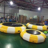 Castillo flotante inflable de /Jumping del parque de atracciones del parque del agua