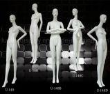 Mannequin femminile di disegno originale per la visualizzazione del boutique