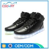 熱販売の新しいデザインLEDはローカットの方法人の靴に蹄鉄を打つ