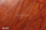 la couleur rouge de 12mm multiplient le plancher en bois conçu par orme gravé en relief