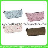 Le crayon lecteur de filles met en sac les caisses cosmétiques de poche de poche de sacs de renivellement de trousse d'écolier