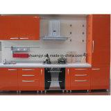 Armário de cozinha com design personalizado com MDF