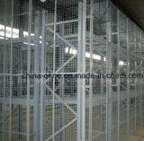 Almacén de reparto de la cerca de alambre de acero