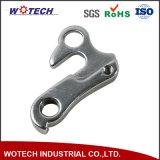 Forgingがか鋳造または機械化なすOEMの専門のトラクターの予備品