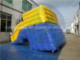 イルカ水公園のための膨脹可能な水スライド