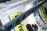 het openlucht vinyl dat van pvc weerspiegelende banners adverteert