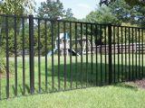 高品質の黒によって電流を通される鋼鉄塀の装飾用の鋼鉄塀