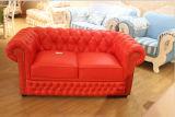 Sofá do couro genuíno com o sofá clássico de Chesterfield