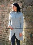 Capa pesada del suéter de las lanas del invierno de las mujeres con los botones