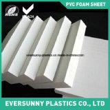 Lamiera sottile pura della gomma piuma del PVC di bianco