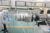 Tubo del abastecimiento de agua del PVC que hace la línea de la protuberancia de la máquina/del tubo