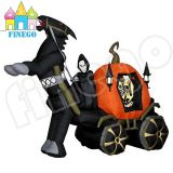 Fantasma che guida il carrello gonfiabile di Halloween per la decorazione
