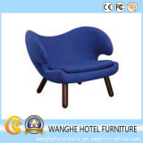 Самомоднейшее яркое голубое лоббио гостиницы обедая стул отдыха