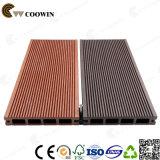 Revêtement en bois WPC (TW-02) de syndicat de prix ferme de texture en plastique de planches